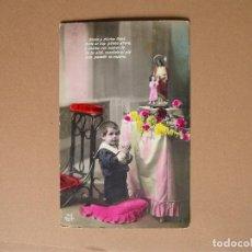 Postales: NIÑO,AANTIGUA POSTAL COLOREADA CON ORACION -M B SEVILLA -119/1 . Lote 62421036
