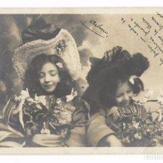 Postales: ANTIGUA POSTAL E.P. - E. P. - NIÑAS CON GORRO Y FLORES - CIRCULADA 1904 - REVERSO SIN DIVIDIR. Lote 73937191