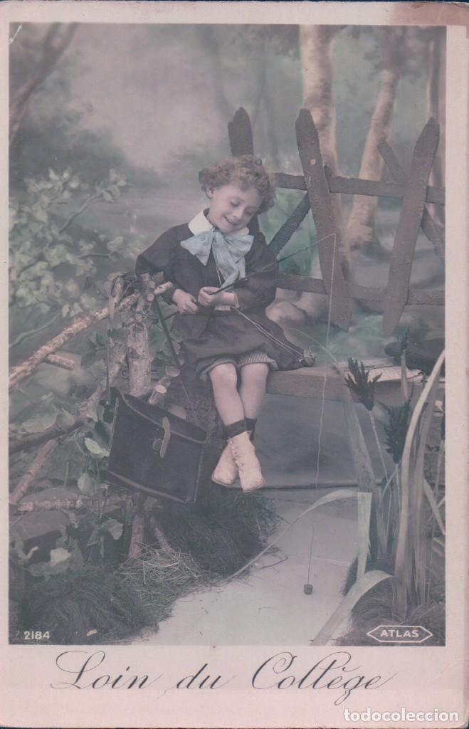 POSTAL RETRATO NIÑO PESCANDO - LOING DU COLLEGE - LEJOS DE LA UNIVERSIDAD - 2184 ATLAS (Postales - Postales Temáticas - Niños)