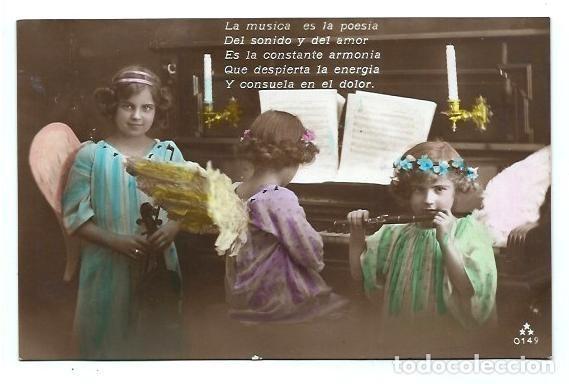 ANTIGUA FOTO-POSTAL DE - TRES NIÑAS DE ANGELITOS HACIENDO MUSICA - ESCRITA AOS 20 (Postales - Postales Temáticas - Niños)