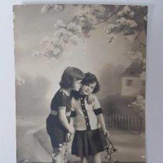 Postales: ANTIGUA POSTAL NIÑOS, 1913. Lote 95605595