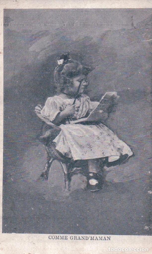 POSTAL NIÑA LEYENDO - COMME GRAND MAMAN - (Postales - Postales Temáticas - Niños)