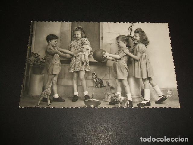 Ninos Jugando Postal Comprar Postales Antiguas De Ninos En