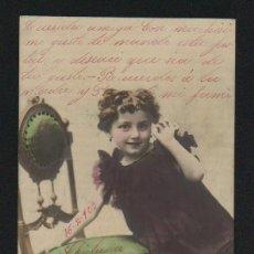 Postales: NIÑA CON SILLA. POSTÁL CIRCULADA EN 1903.. Lote 124667311