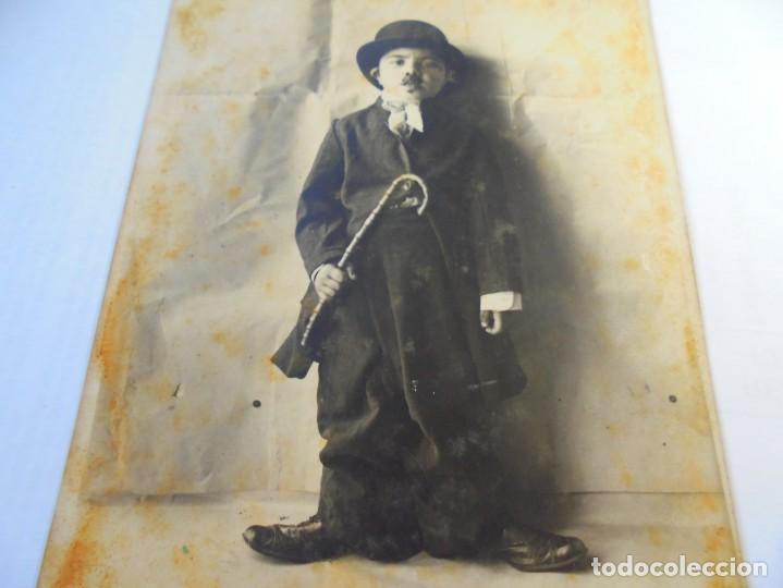 Postales: magnifica foto postal antigua sobre 1920,niño disfrafado de carlot - Foto 2 - 135011898