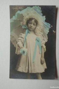 1906 Angelica Walter postal niña