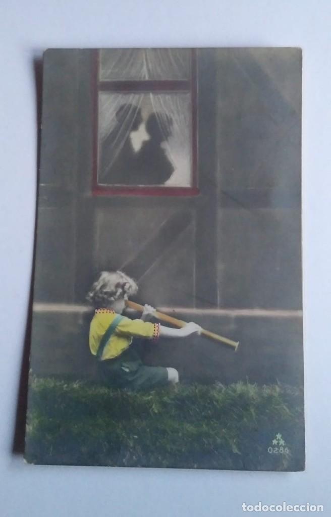 1915 NIÑO CON TELESCOPIO CIRCULADA (Postales - Postales Temáticas - Niños)