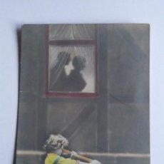 Postales: 1915 NIÑO CON TELESCOPIO CIRCULADA . Lote 140771466