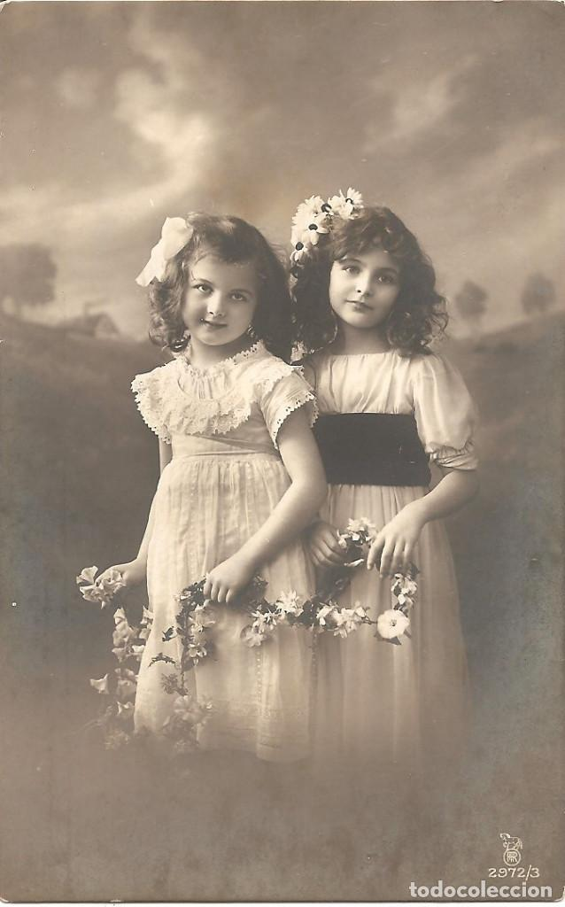 POSTAL DE NIÑAS MUY ANTIGUA MANUSCRITA - RPH 2972/3 - AÑO 1913 (Postales - Postales Temáticas - Niños)