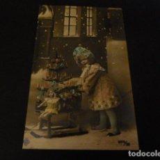 Postales: POSTAL NIÑA ARBOL DE NAVIDAD. Lote 147984002