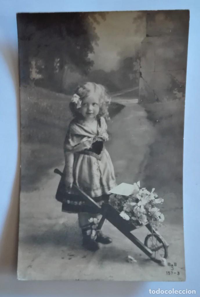 ANTIGUA FOTO POSTAL ESCRITA Y CIRCULADA CON SELLO 1912 (Postales - Postales Temáticas - Niños)