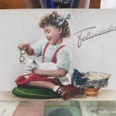 Postales: ANTIGUA POSTAL ROMANTICA NIÑA Y GATO 1953. Lote 180447906