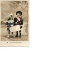 Postales: LA PICARONA ACEPTA SUS OFERTAS DOS NIÑOS (SIN CIRCULAR) . Lote 186165480