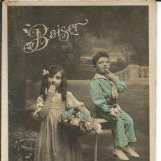 Postales: POSTAL *BAISER* CON NIÑOS - CIRCULADA AÑO 1900. Lote 189596487