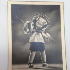 Postales: ANTIGUA POSTAL. AMILLA. ANIMACIÓN, MUÑECA. AÑOS 40. Lote 193067355
