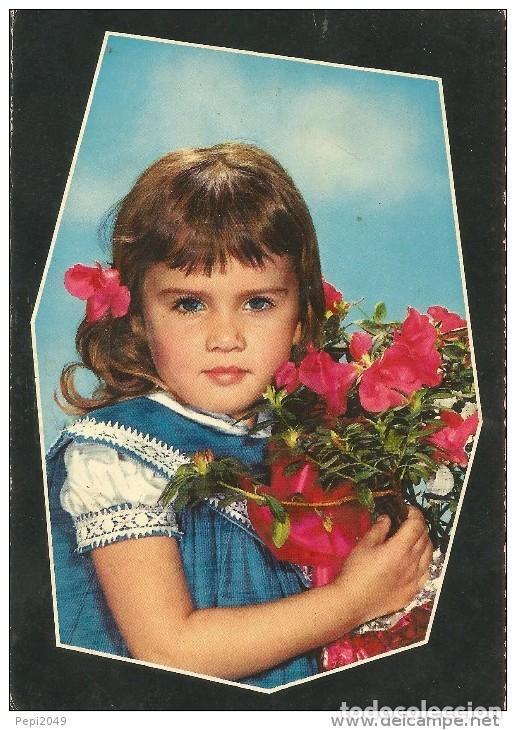 == B1431 - POSTAL - BONITA NIÑA CON UN RAMO DE FLORES (Postales - Postales Temáticas - Niños)