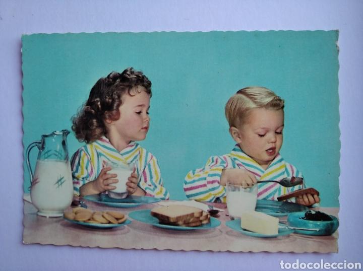 POSTAL ANTIGUA NIÑOS DESAYUNANDO CYZ (Postales - Postales Temáticas - Niños)