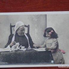 Postales: RARA COLECCIÓN 10 POSTALES ANTERIORES A 1905 NIÑOS - HISTORIA A TRAVÉS DE LAS POSTALES. Lote 210463875