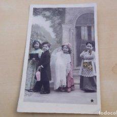 Postales: POSTAL ANTIGUA NIÑA CON MUÑECA DE PORCELANA CIRCULADA 1909. Lote 221150050