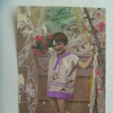 Postales: PRECIOSA POSTAL CON NIÑA , COLOREADA. PRINCIPIOS DE SIGLO. ESCRITA EN 1931. Lote 278702753