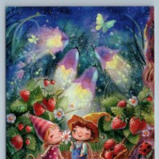 Postales: LITTLE GIRL N BOY IN STRAWBERRY DATES FOREST FANTASY RUSSIAN UNPOSTED POSTCARD - ANASTASIA STOLBOVA. Lote 278750553