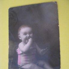 Postales: ANTIGUA POSTAL FOTOGRAFICA DE UN BEBE. ED. A & M B 3861/4. ESCRITA.. Lote 289700568