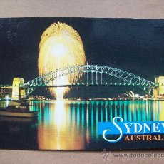 Postales: SYDNEY AUSTRALIA. FIREWORKS OVER TEH BRIDGE LIGHT UP THE HARBOUR. Lote 32324934