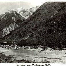 Postales: ARTHURS PASS, MT. BEALEY NEW ZEALAND POST CARD. Lote 183335027
