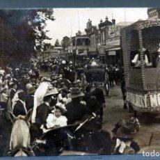 Postales: POSTAL FOTOGRÁFICA CARNAVAL BAIRNSDALE AUSTRALIA CARROZAS ANIMADA ESCRITA HACIA 1911. Lote 193610466