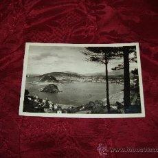 Postales: SAN SEBASTIAN VISTA GENERAL DEL MONTE IGUELDO,FOTO GALARZA . Lote 14026950