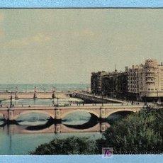 Postales: PUENTE DE MARIA CRISTINA Y BARRIO DE GROS. SAN SEBASTIAN (HELIOTIPIA ARTISTICA ESPAÑOLA Nº18 - 1960). Lote 12681054
