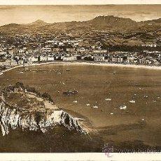 Postales: SAN SEBASTIAN - VISTA DESDE EL MONTE IGUELDO - FOTO GALARZA - CIRCULADA 1941. Lote 16586594