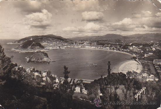SAN SEBASTIAN (GUIPUZCOA): VISTA GENERAL DESDE MONTE IGUELDO: POSTAL CIRCULADA DE FOTO GALARZA. (Postales - España - País Vasco Moderna (desde 1940))