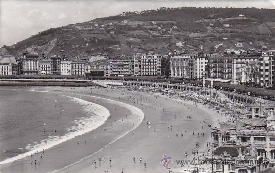 SAN SEBASTIAN (GUIPUZCOA) 1962: PLAYA DE LA CONCHA: BONITA TARJETA POSTAL CIRCULADA A KANSAS CITY. (Postales - España - País Vasco Moderna (desde 1940))