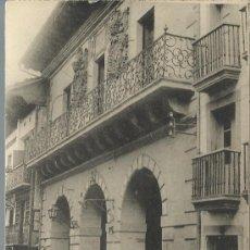Postales: FUENTERRABIA GUIPUZCOA ARCOS DE LA CASA CONSISTORIAL SIN CIRCULAR. Lote 28984623