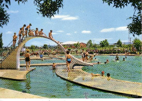 Vitoria gamarra piscina comprar postales del pa s for Camping en pais vasco con piscina