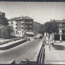 Postales: GUETARIA (GUIPUZCOA).- PLAZA DE ELCANO. Lote 32079570
