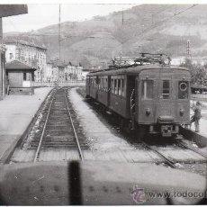 Postales: ZUMARRAGA,GUIPUZCOA,1955,ESTACION FERROVIARIA, FOTOGRAFICA, SCHNABEL. Lote 33969050