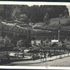 Postales: SAN SEBASTIAN (GUIPUZCOA).- MUSEO Y PLAZA DE SAN TELMO. Lote 38017783