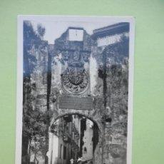 Postales: FUENTERRABIA, PUERTA PRINCIPAL. FOTO GALARZA. Lote 39204936