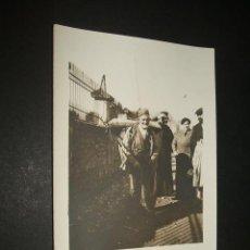 Postales: BALMASEDA VIZCAYA POSTAL FOTOGRAFICA HACIA 1906 TIPO DEL PAIS HOMBRE CON CESTA A LA ESPALDA . Lote 42588537