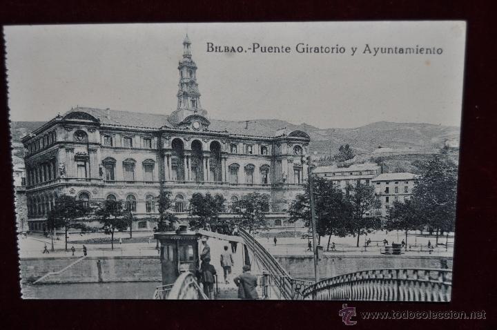 ANTIGUA POSTAL DE BILBAO. PUENTE GIRATORIO Y AYUNTAMIENTO. SIN CIRCULAR (Postales - España - Pais Vasco Antigua (hasta 1939))
