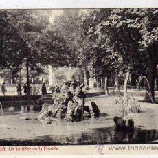 Postales: 15 VITORIA UN SURTIDOR DE LA FLORIDA. 2702 FOTOTIPIA THOMAS. BARCELONA. SIN CIRCULAR.. Lote 43456118