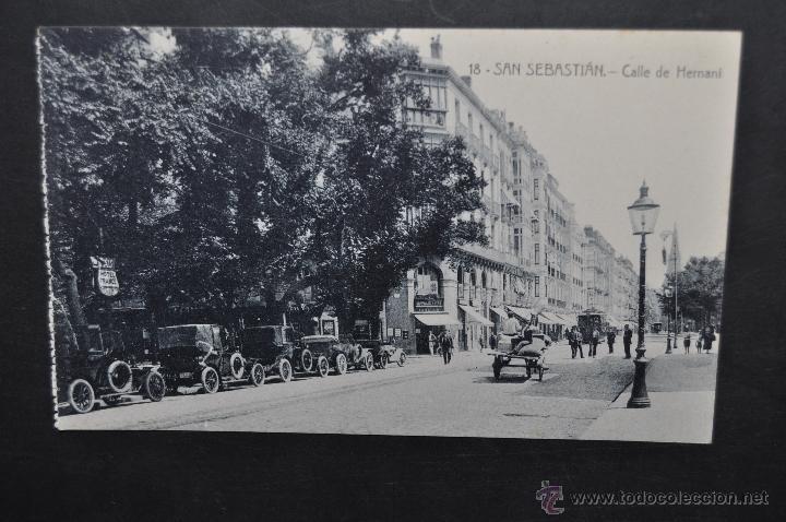 ANTIGUA POSTAL DE SAN SEBASTIAN. CALLE DE HERNANI. SIN CIRCULAR (Postales - España - Pais Vasco Antigua (hasta 1939))