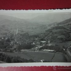 Postales: AZPEITIA. VISTA GENERAL. AL FONDO LOYOLA. (ED. J. IRAZU Nº10).. Lote 44474967