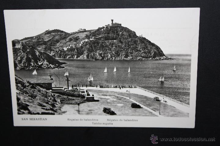ANTIGUA FOTO POSTAL DE SAN SEBASTIAN. REGATAS DE BALANDROS. CIRCUADA (Postales - España - País Vasco Moderna (desde 1940))