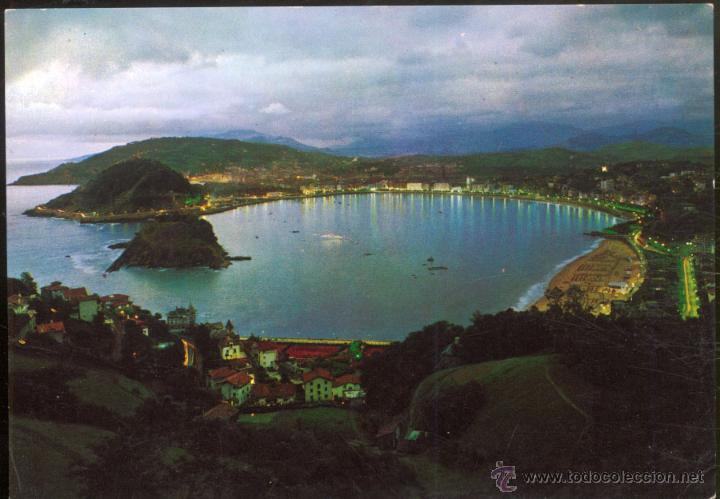 53- SAN SEBASTIAN.- VISTA GENERAL DESDE IGUELDO. ILUMINADA. (Postales - España - País Vasco Moderna (desde 1940))