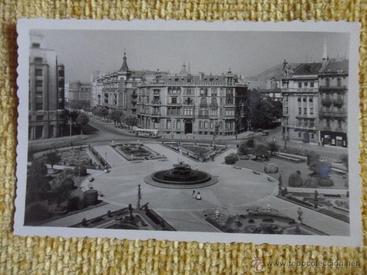 BILBAO. PLAZA DE FEDERICO MOYUA. POSTAL ESCRITA DEL AÑO 1955. (Postales - España - País Vasco Moderna (desde 1940))