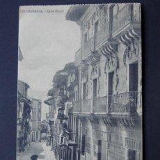 Postales: POSTAL DE FUENTERRABIA / CALLE MAYOR / TIBURCIO BERROTARAN / AÑOS 20 / SIN CIRCULAR. Lote 49899151