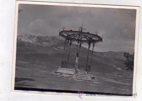 FOTOGRAFÍA LAGUARDIA, ESTATUA DEL FABULISTA SAMANIEGO EN LAGUARDIA ALAVA. FOTO SOMOZA. ZAMORA (Postales - España - Pais Vasco Antigua (hasta 1939))